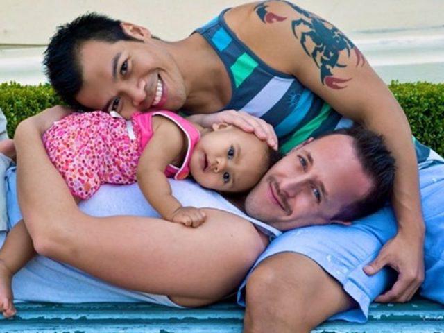Adopción LGBT registra efectos positivos